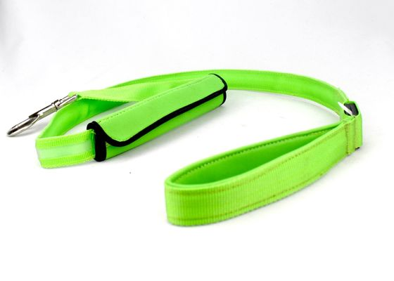 China Universal Easy Close Lighted Dog Leash And Collar With Colorful Ribbon supplier