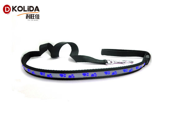 China Nylon Safety Walking Flashing LED Dog Leash Light Up Dog Leash Harness distributor