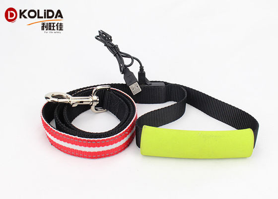 China Soft Handle 120cm Usb Rechargeable LED Dog Leash Nylon Adjustable Puppy Leash factory